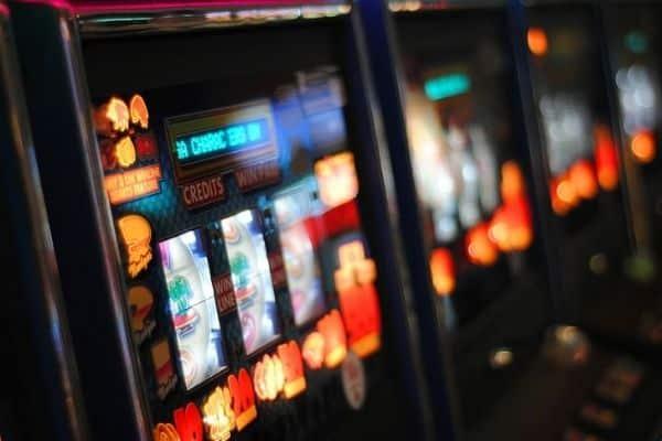 Permainan Casino Online yang Paling Populer Sekarang